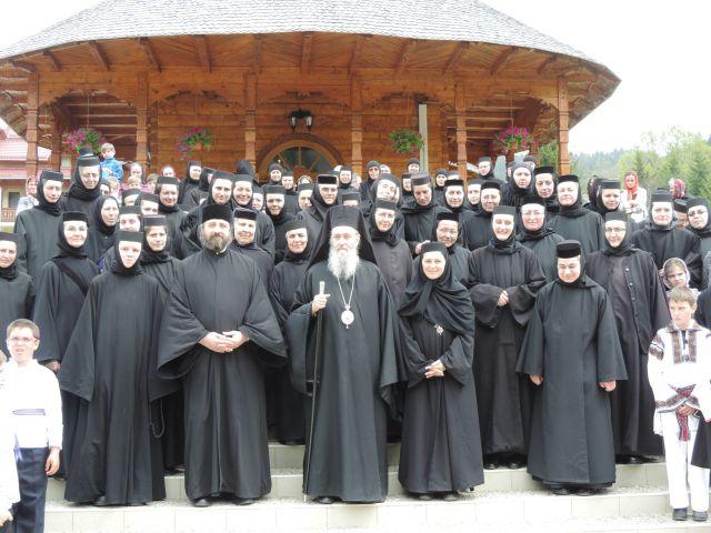Ierotheos Vlachos, Mitropolit de Nafpaktos şi Sfântul Vlasie, la Mănăstirea Paltin Petru Vodă
